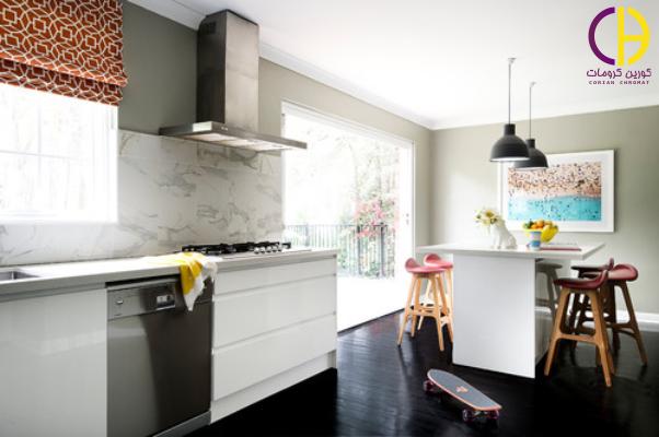 رنگ سیاه در دکوراسیون آشپزخانه ، صفحه روی کابینت